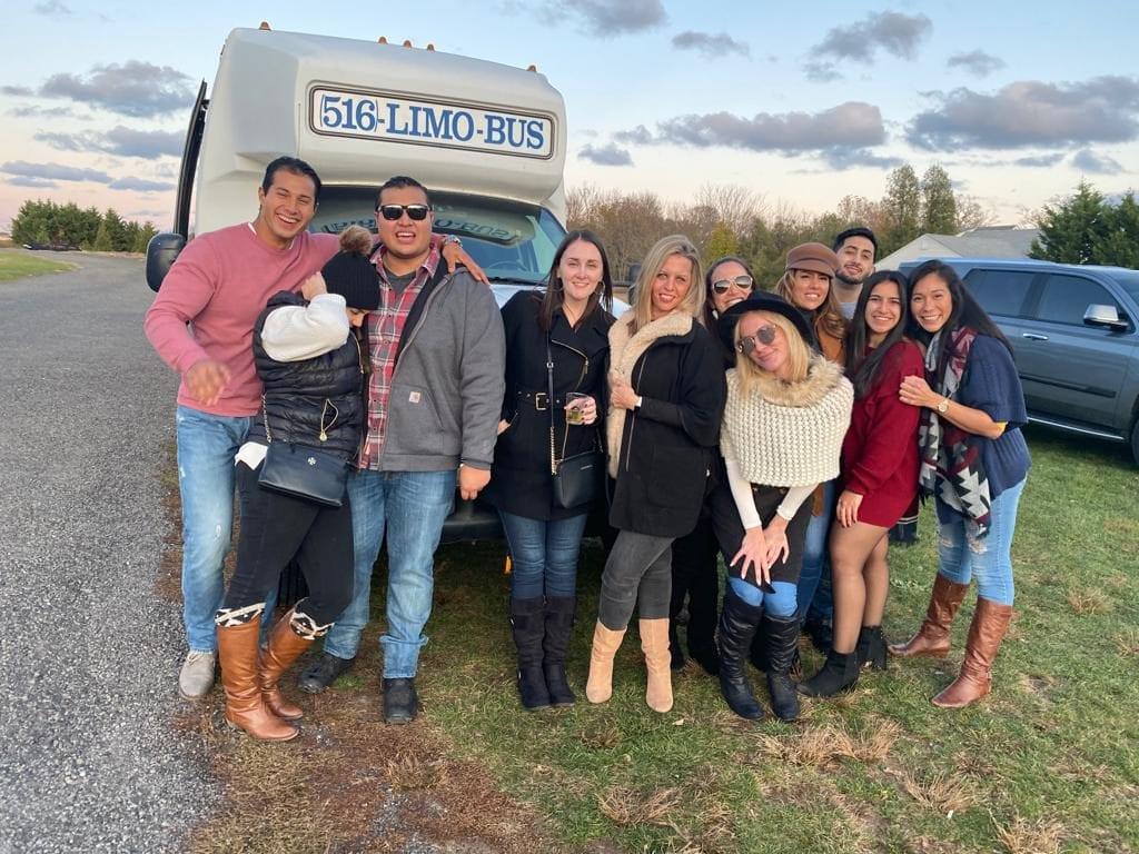 Small Group Party Bus Wine Tours in Long Island NY